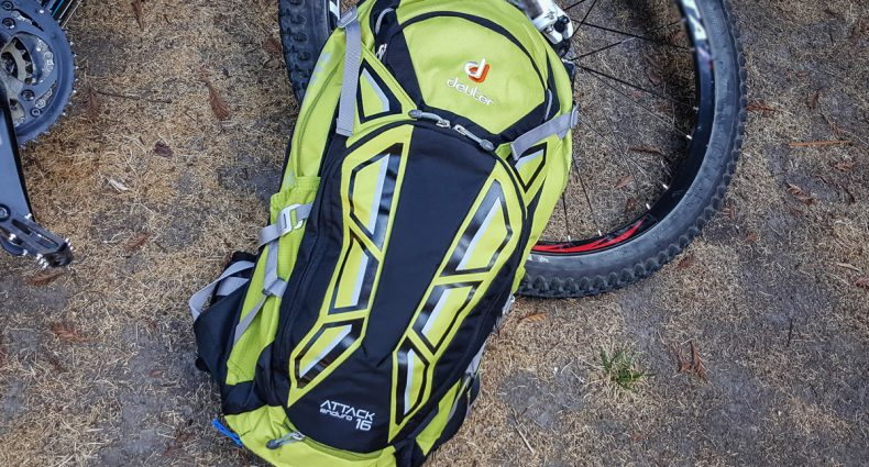 Deuter Attack Enduro 16